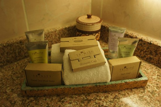 Movenpick Resort Petra:                   lovely dead sea products