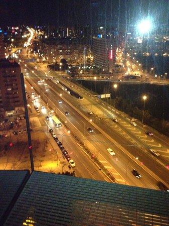 Silken Puerta America: Vistas desde la planta 13 ( spa/bar terraza)