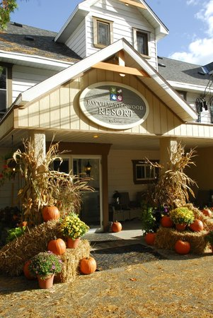 Bayview-Wildwood Restaurant: Welcome to the Wildwood Inn