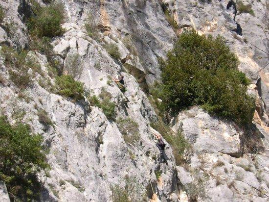 Chiesa di Santo Stefano - Mummie di Ferentillo: Ferentillo, le famose pareti da scalata
