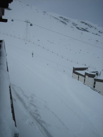 Chalet Le Sommet :                   Ski-out route