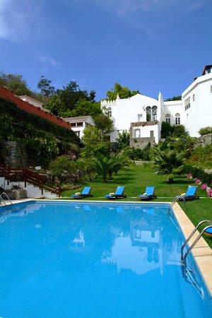 Villa Termal das Caldas de Monchique Spa & Resort: Outdoor pool