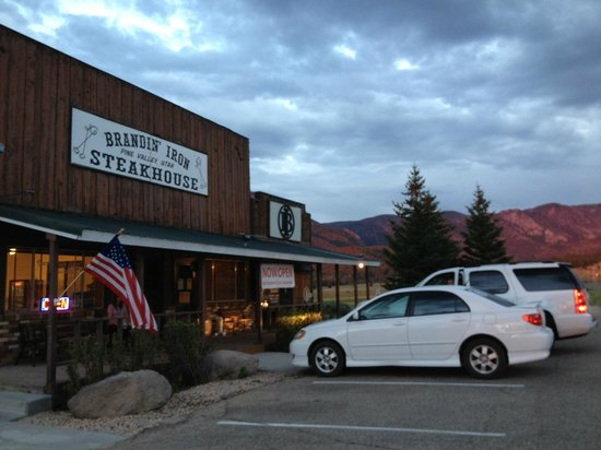 The Brandin' Iron Steakhouse: Brandin' Iron in beautiful Pine Valley