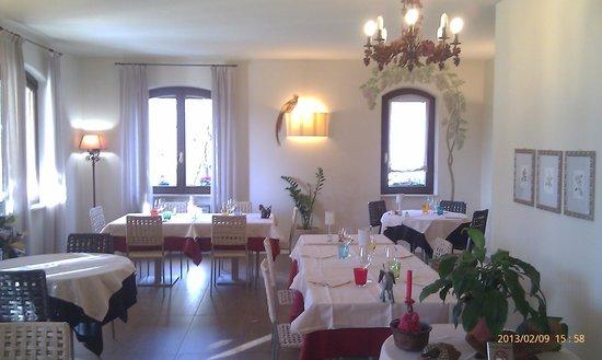 Calvagese della Riviera, Italien:                   interno