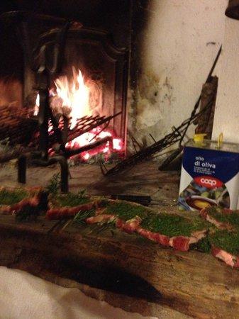 Pieve di Caminino Historic Farm:                   Cena alla brace