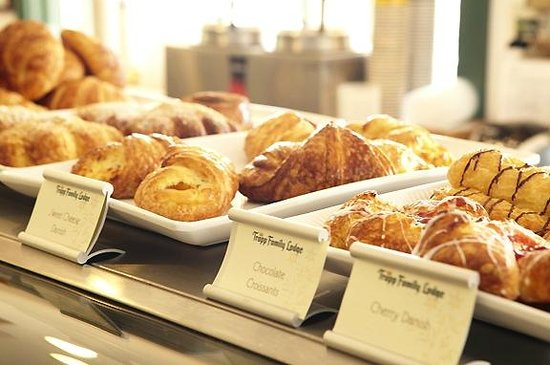 The Delibakery at Trapp Family Lodge : Delicious Pastries