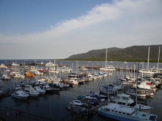 Shangri-La Hotel, The Marina, Cairns:                   a room with a view'