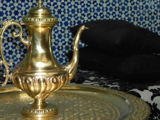 Riad Fez Yamanda: Détail Salon