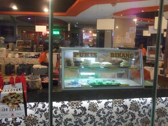 Sarinah Thamrin Plaza:                   Food Court