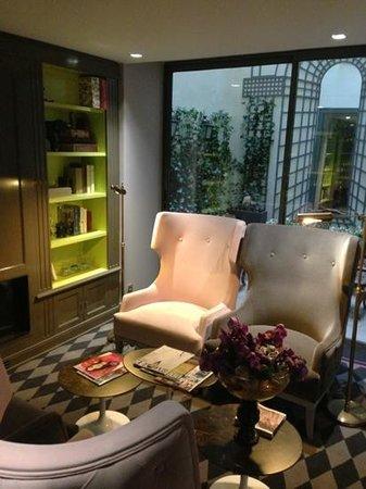La Maison Favart: Petit salon cosy