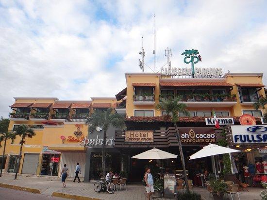 Koox Caribbean Paradise Hotel:                   Fachada 2 Hotel Caribbean Paradise