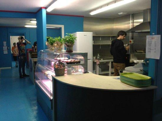 360 Indoor Skate Park:                   cafe