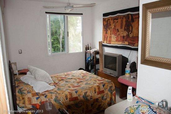 Hotel Tulum:                   my room