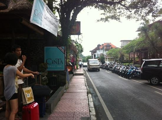 Cinta Inn:                                     street view of monkey forest st