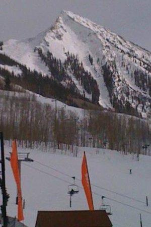 Elk Mountain Lodge:                   SKI CB