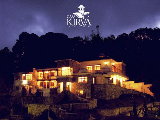 Casa Kirvá Hotel: Night view