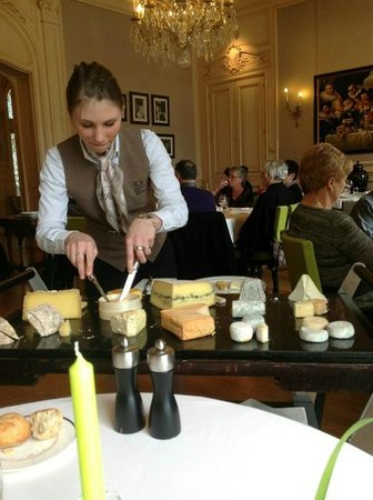 Saisons :                   Cheese is served