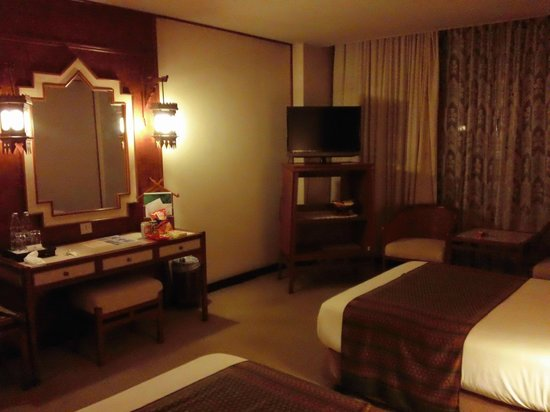 Chiang Mai Orchid Hotel:                   照明が