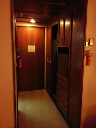Chiang Mai Orchid Hotel:                   部屋から