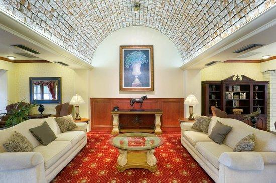 Embassy Suites by Hilton Arcadia Pasadena Area: Lobby Lounge Area
