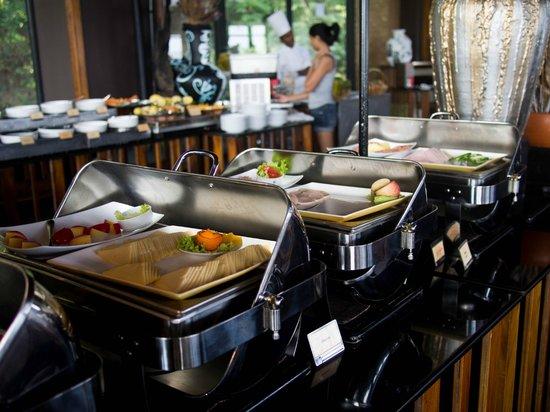 Heritance Kandalama:                   Breakfast