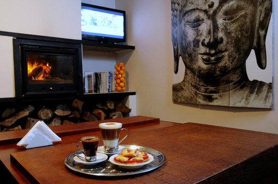 El Capullo: lounge