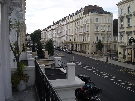 Luna & Simone Hotel:                   Vista de la calle