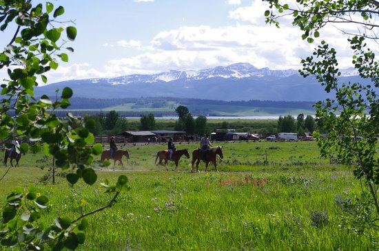 Parade Rest Ranch: A ride with a view
