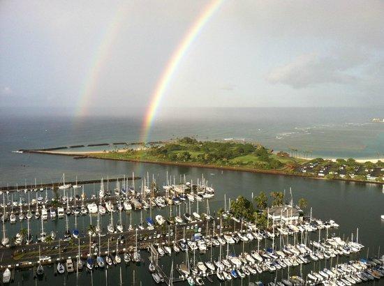 Hawaii Prince Hotel Waikiki:                   2重の虹