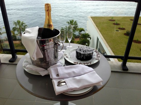 VidaMar Resort Hotel Madeira:                   Surprise birthday wishes from the hotel