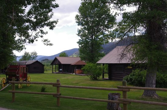 Parade Rest Ranch: Lower Cabins