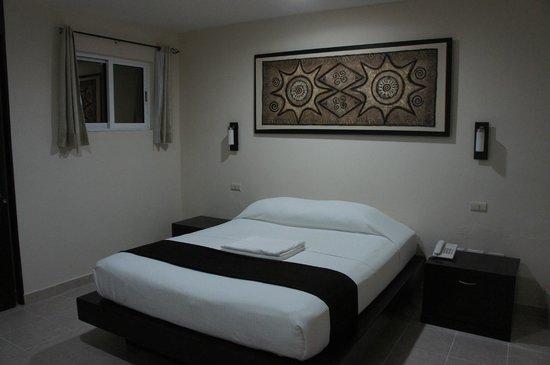 Moloch Hostel y Suites : Suite Sencilla