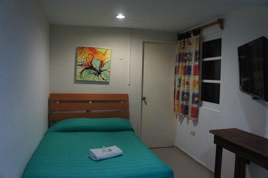 Moloch Hostel y Suites : Habitacion privada