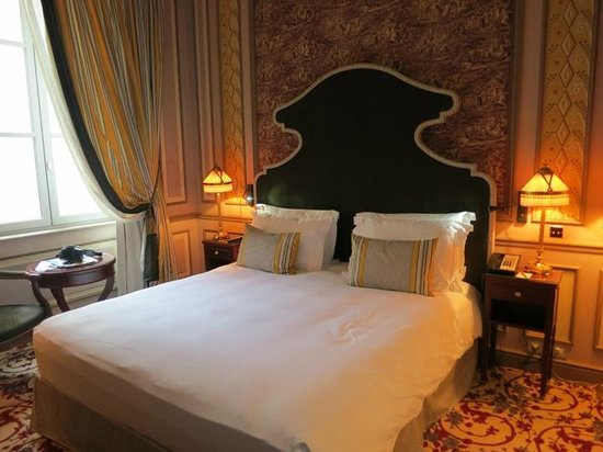 InterContinental Bordeaux Le Grand Hotel: LA CHAMBRE