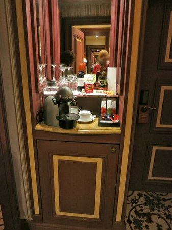 InterContinental Bordeaux Le Grand Hotel : BAR DE LA CHAMBRE