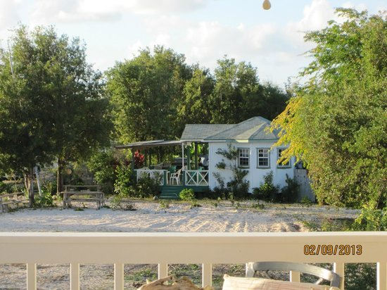 Barbuda Cottages :                   Uncle Roddy's nextdoor