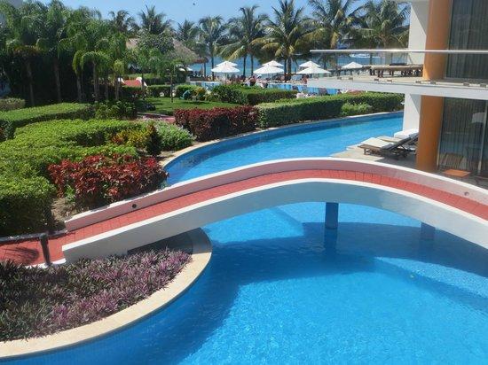 Secrets Aura Cozumel:                                     Lazy River Pool
