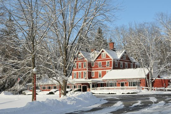 Springside Inn: Inn in the Winter