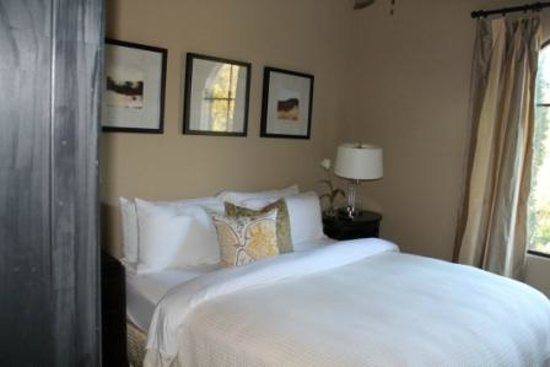 The Madrones: Guest Suite 2