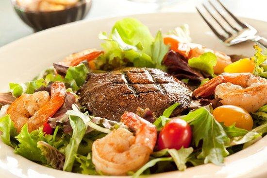 Crady's Eclectic Cuisine on Main: Portabella Shrimp Salad