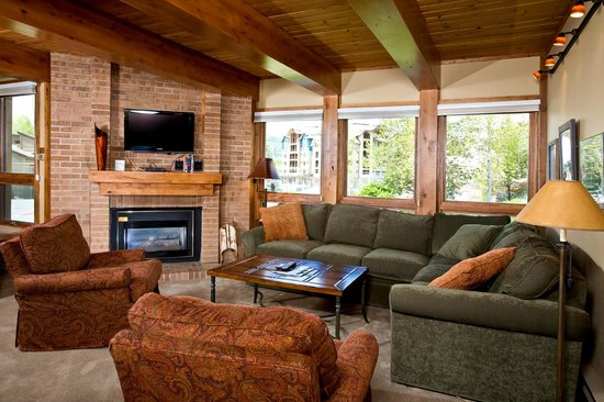 The Lodge At Steamboat: Sample Living Area