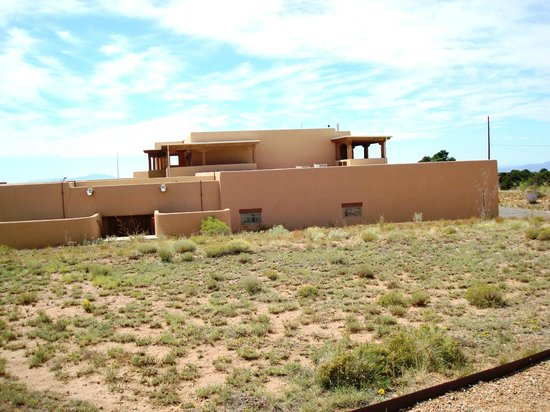 Adobe building picture of loretto line santa fe for Building an adobe house