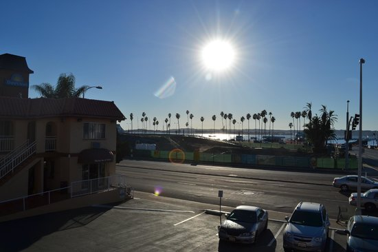 Marina Inn and  Suites:                   Beautiful San Diego!