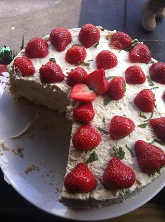 cake by Cafe del mondo!