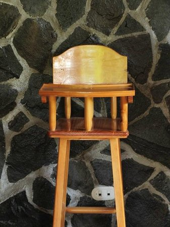 Hotel El Bosque:                   Loved the high chair