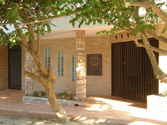 Hotel Kikuxtah: Fachada