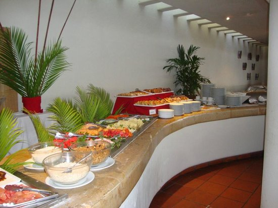 Emporio Ixtapa: Fruit section of the breakfast buffet