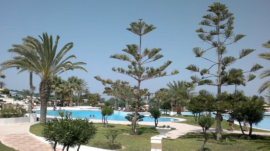 Djerba Plaza Hotel & Spa:                   Pool Area