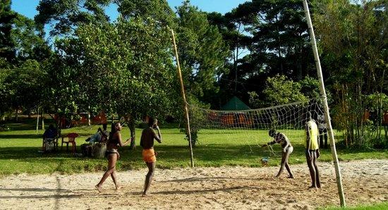 Pearl Gardens Beach Resort Kalangala:                   Beach Volleyball at Pearl Gardens