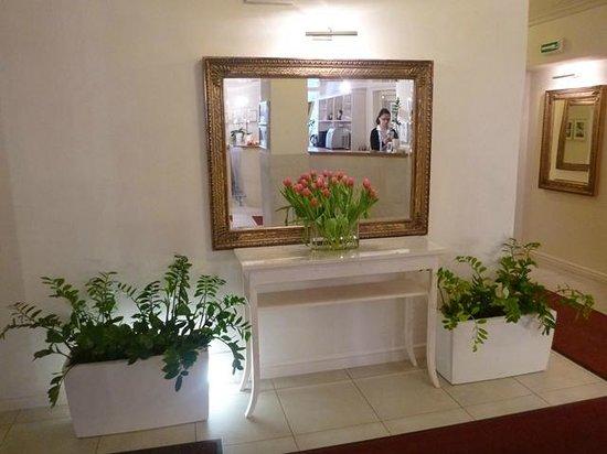 Unitas Hotel:                   Lobby
